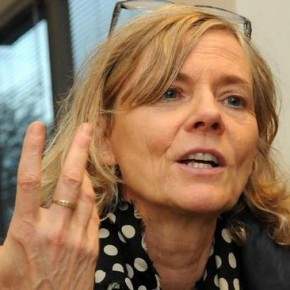 """Florence Aubenas, """"Il y a vraiment deux France côte à côte""""."""